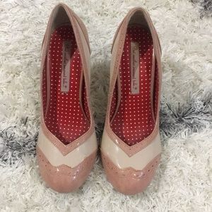 Modcloth BAIT pumps pink and cream 7.5